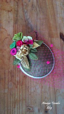#Amayatocados #flor,  #floresterciopelo #pamela#hair #tull tullplumeti  #bridal #verde #dorado #complementos, #chic, #boda, #fiesta, #moda #invitadaperfecta #flor #lino #accesorios #wedding #terciopelo #andalucia #artesania #novia #tocado , #pequeñotesoro , #madrina , #buganvilla #colororo