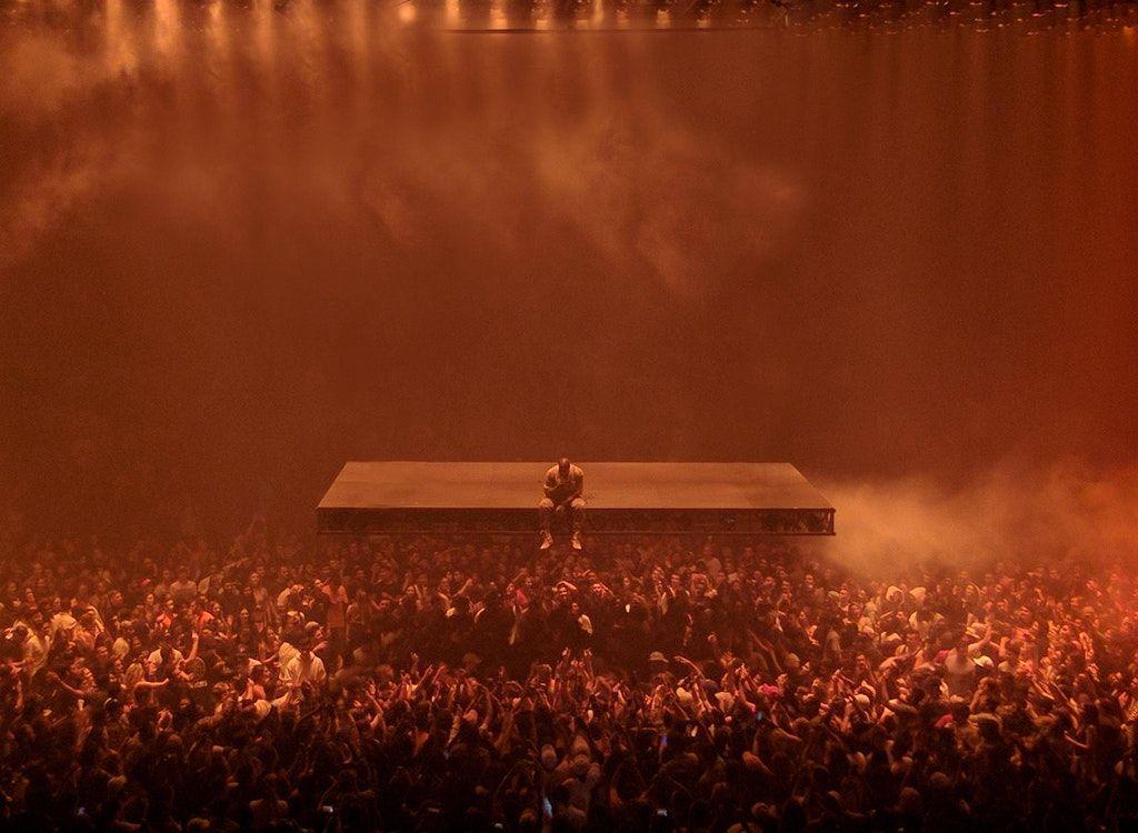 Pin By Gʳᵉᵍ Mᵃʳᶦᶰᵉᶻ On Kanye West Kanye Levitation