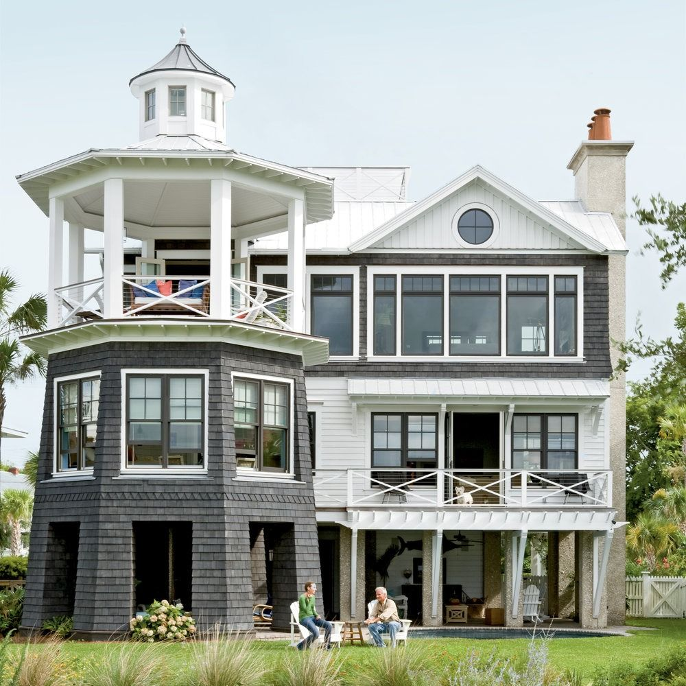 Tour This Lighthouse-Inspired Home