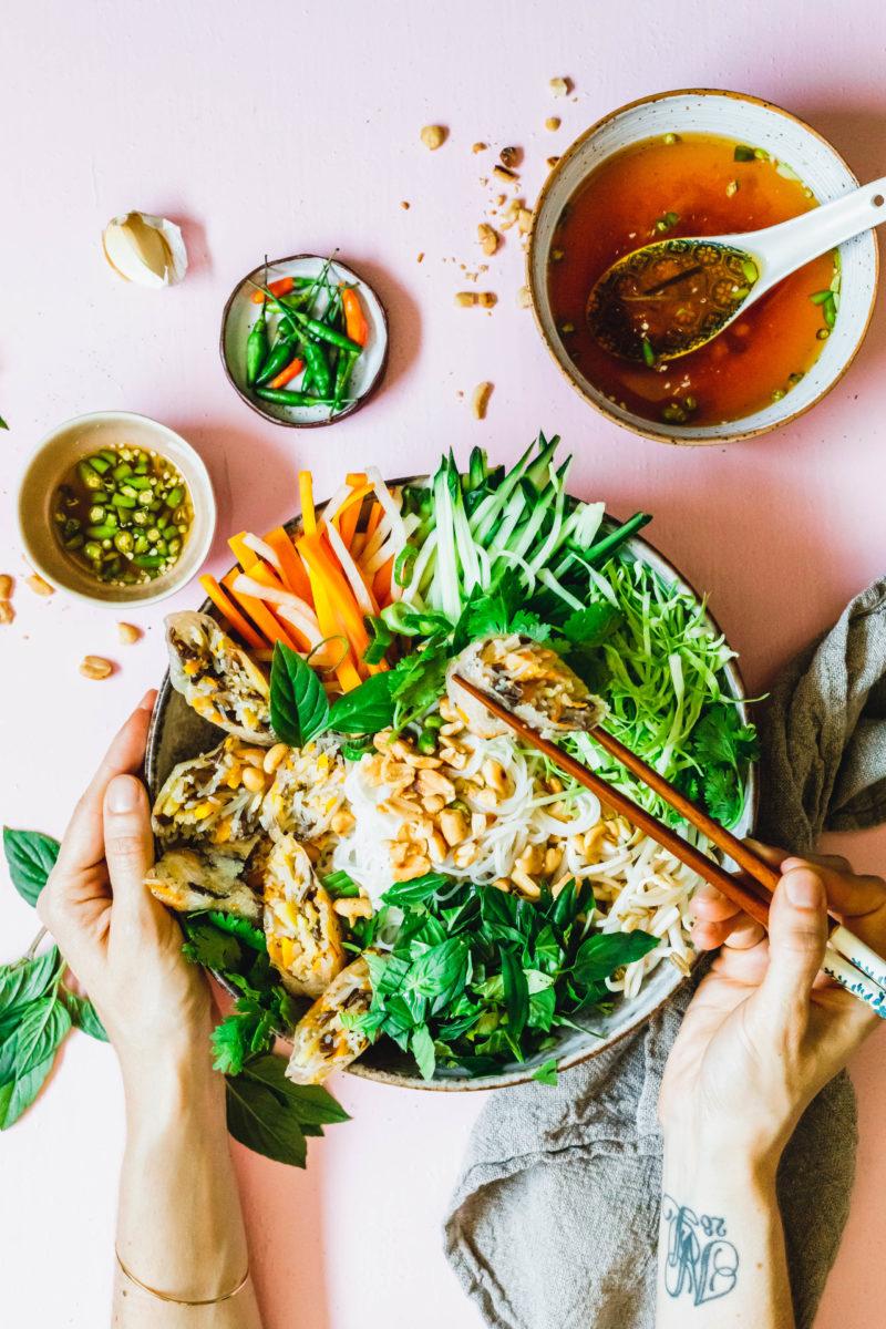 Bun Chay Vietnamesischer Reisnudelsalat Eat This Vegan Food Blog Rezept Reisnudelsalat Vegane Lebensmittel Asia Essen