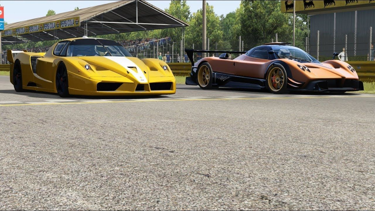 Ferrari FXX vs Pagani Zonda R at Monza Full Course