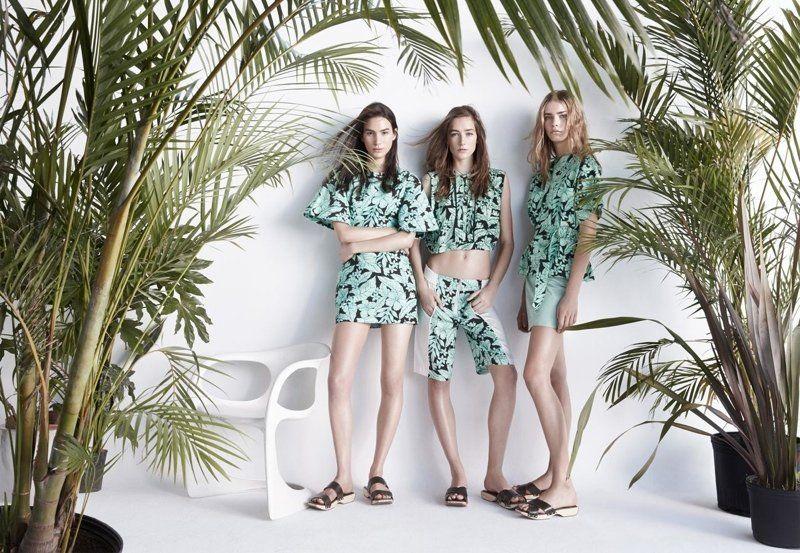 Patrick Demarchelier per Zara SS14 #ss14 #zara #spring #summer #campaign #look #tropical #palms #shorts #croppedtop #photography #fashionphotography #fashion #PatrickDemarchelier #blog #blogger #sterlizieblog
