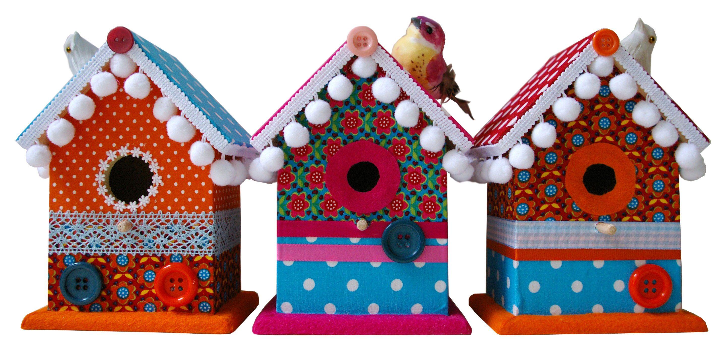 Sprookjesachtig mooi zijn ze, de schattige en kleurrijke vogelhuisjes van @Yvonne Beeris @Yvonne Beeris @MOEPA . Fijn om te geven én te krijgen. #cadeautip #hetlandvanooit  http://www.hetlandvanooit.be