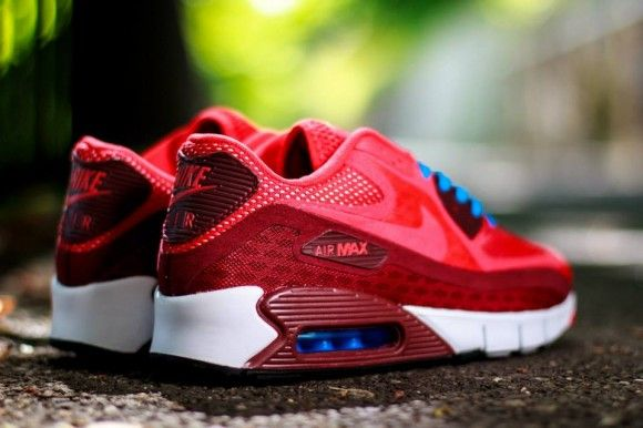Nike Air Max 90 Breathe Chilling Red Detailed Pictures  5e786be86