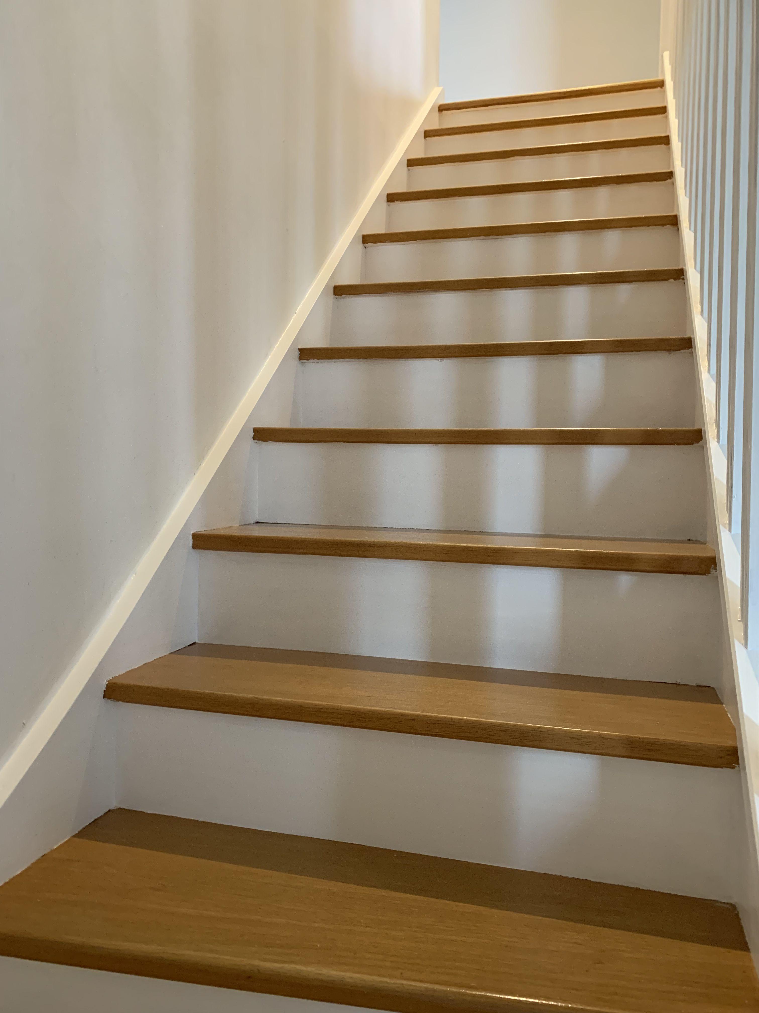 Epingle Par Stessie Bouchet Sur Deco Salon En 2020 Escalier Bois