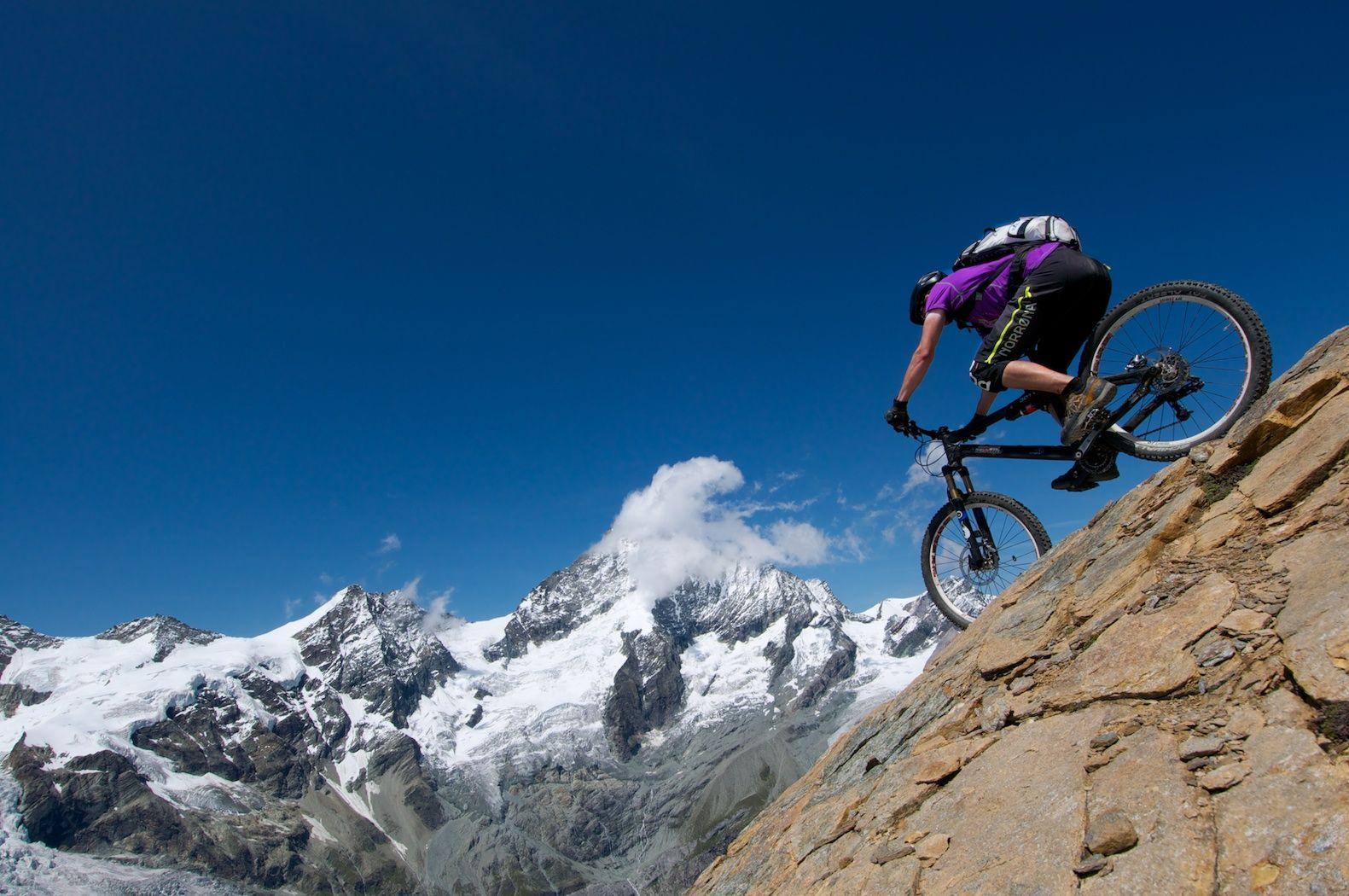 Extreme mountainbiking in the Alps #mtb #bike #mountainbike #extreme #outdoor #alps #downhill