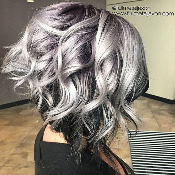 Ombre hair gris cheveux mi long