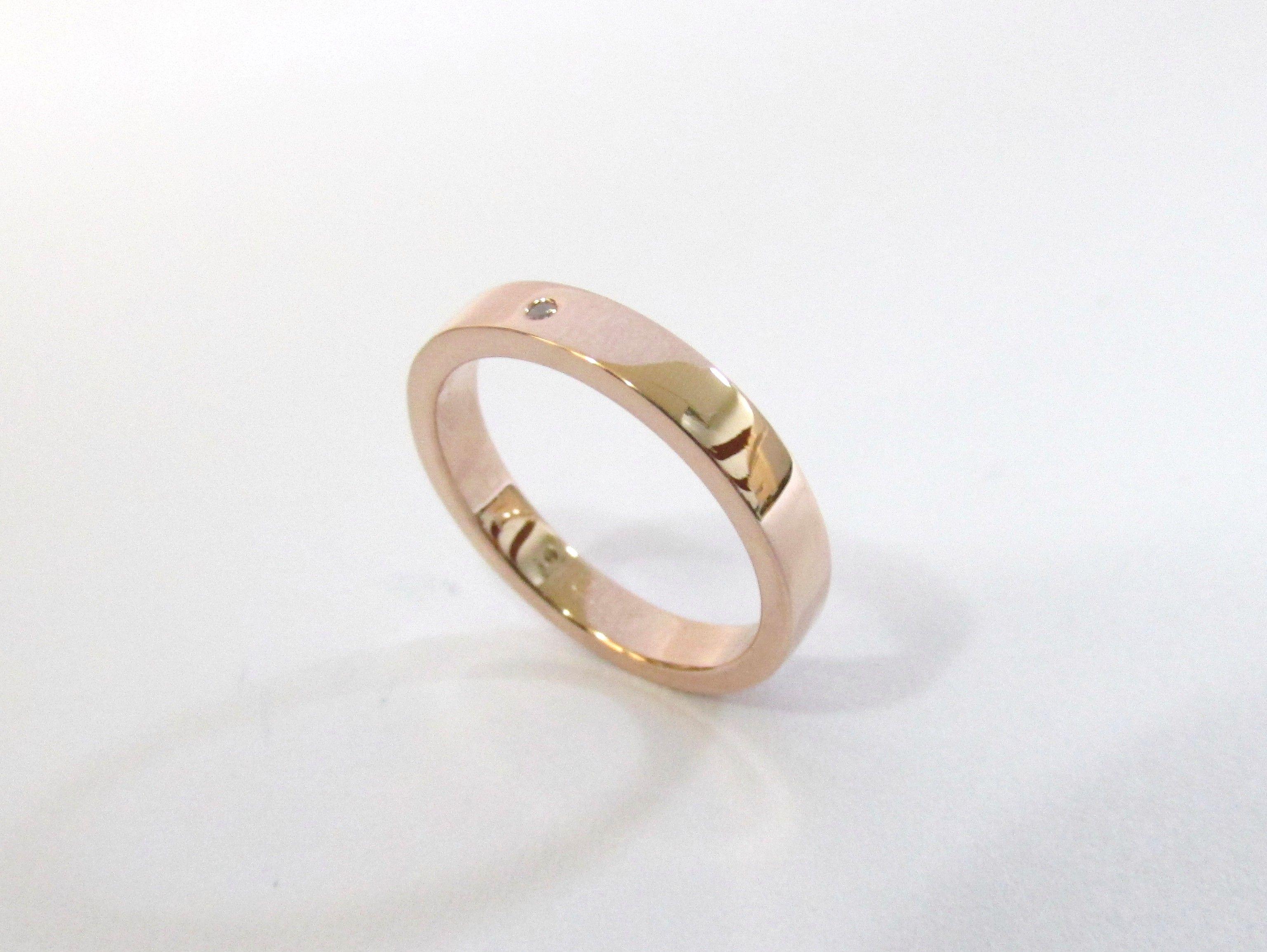e3f502878152 Delicada argolla para matrimonio en oro rosa de 18k fabricada a mano R739   argollasdematrimonio