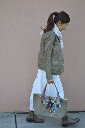 Tea Rose Home: Tutorial: She Carries Flowers
