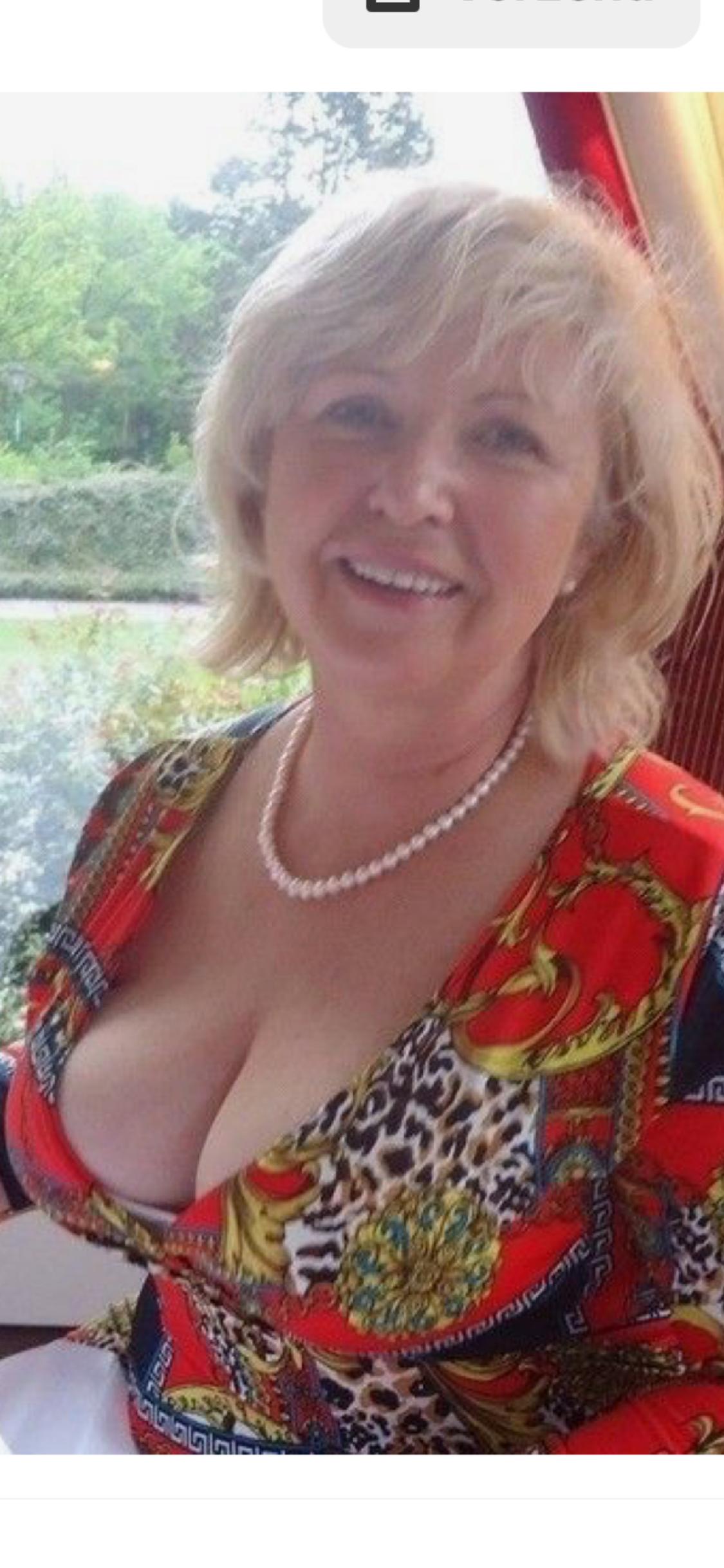 Sexy Old Ladies Photos
