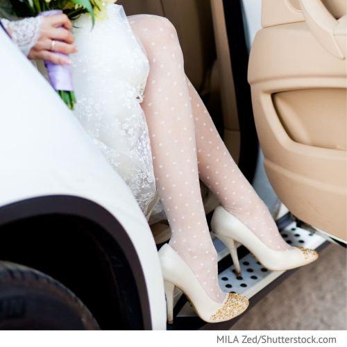 Hochzeitsfahrzeug Richtig Einsteigen Und Aussteigen Formal Dresses Fashion White Formal Dress