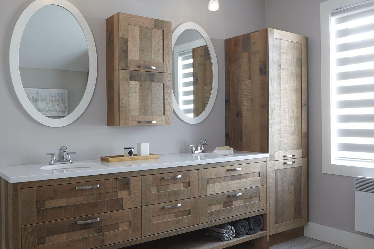 Armoires De Salles De Bains Rustiques En Chene Et Merisier Bathrooms Remodel Bathroom House Design