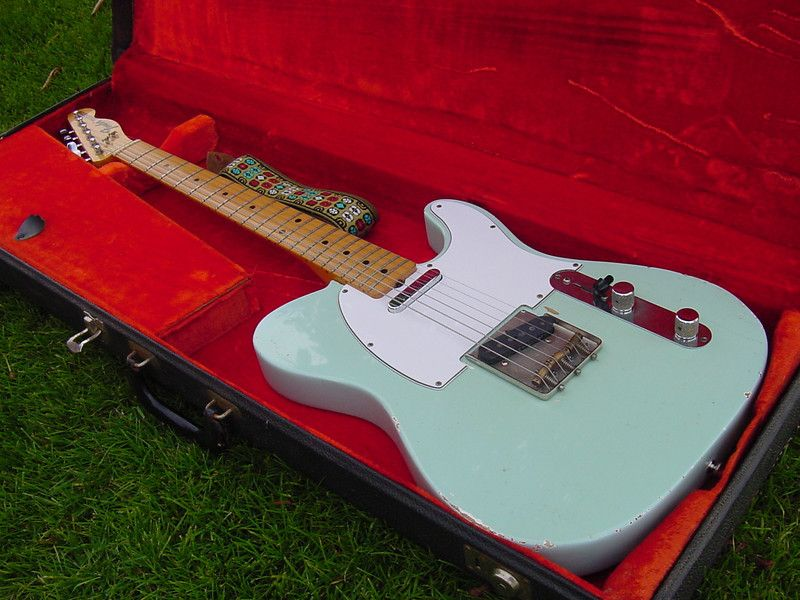 ace frehley with telecaster ngd 39 69 maple cap tele sonic blue telecasters pinterest. Black Bedroom Furniture Sets. Home Design Ideas