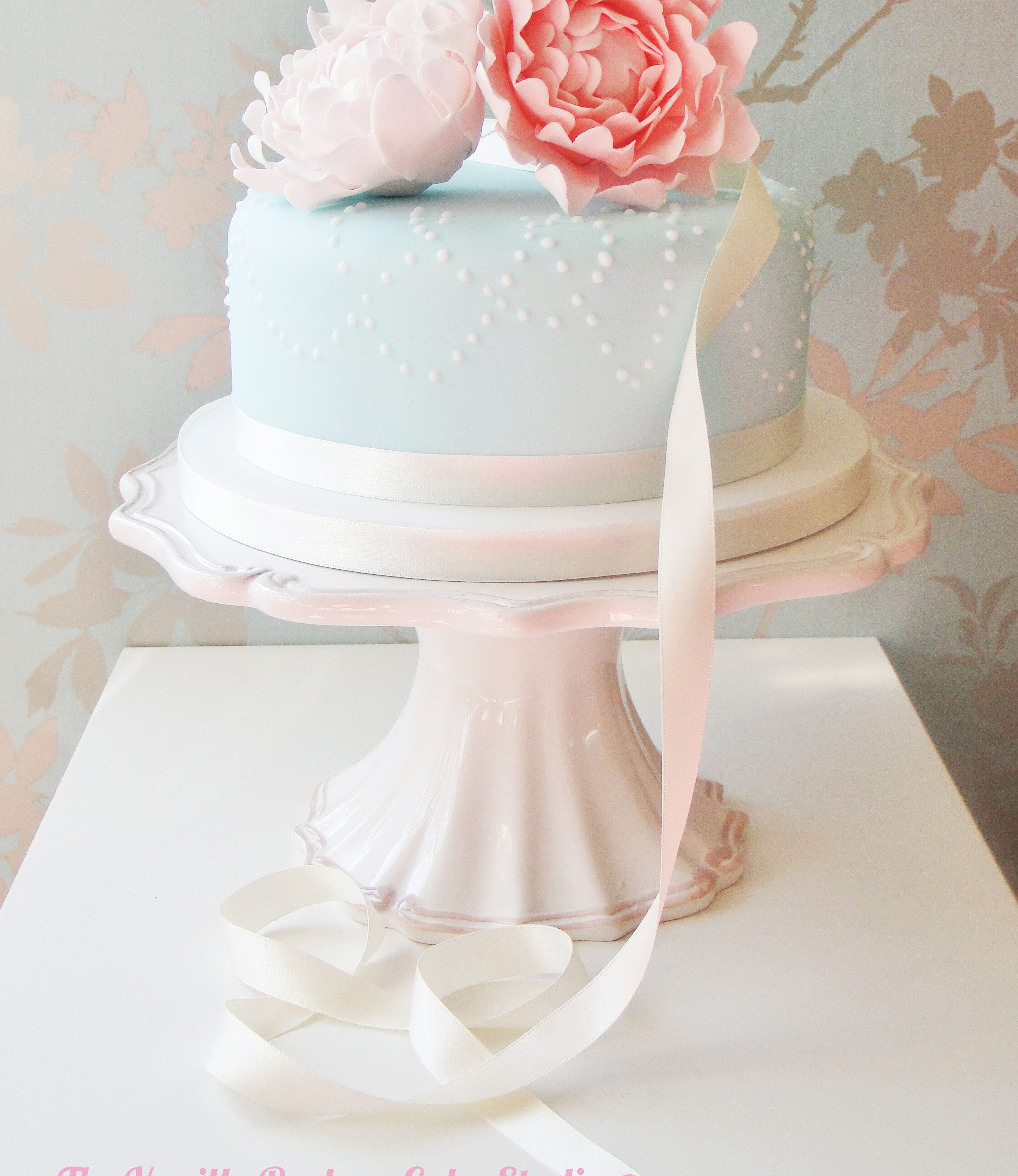 Images For Simple One Tier White Wedding Cake Wedding stuff