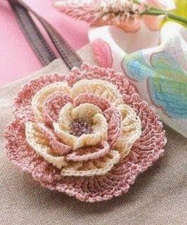 Ivelise Feito à Mão: Rosa Linda De Crochê