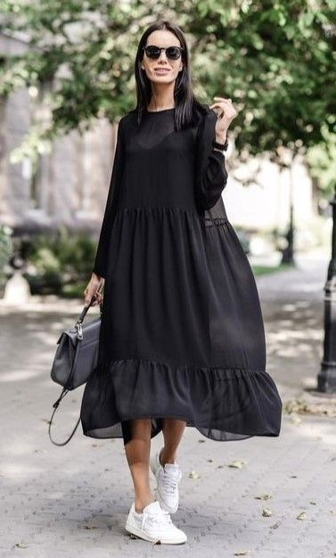 Photo of 40 Best Dress or Skirt With Sneakers Ideas #DressWithSneakers #SkirtWithSneakers…