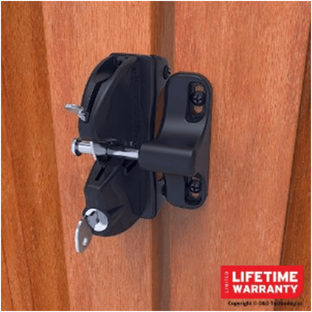12 Different Types Of Fence Gate Latches Extensive Buying Guide Home Stratosphere Gate Latch Fence Gate Wood Fence Gates