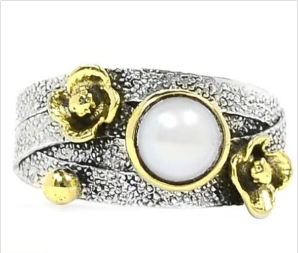 Two Tone Pearl Ring .925 Sterling Silver Sz. 8. Starting at $1 on Tophatter.com!