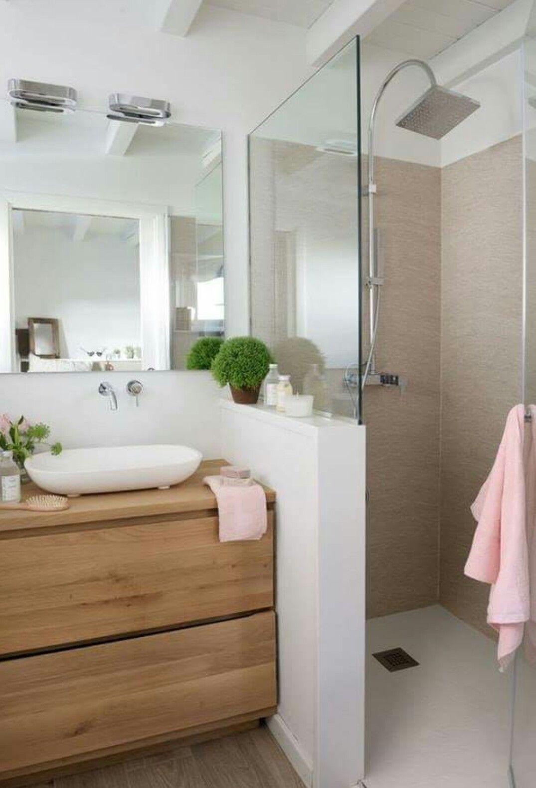 en suite idea for loft room azienka pinterest badezimmer bad und baden. Black Bedroom Furniture Sets. Home Design Ideas