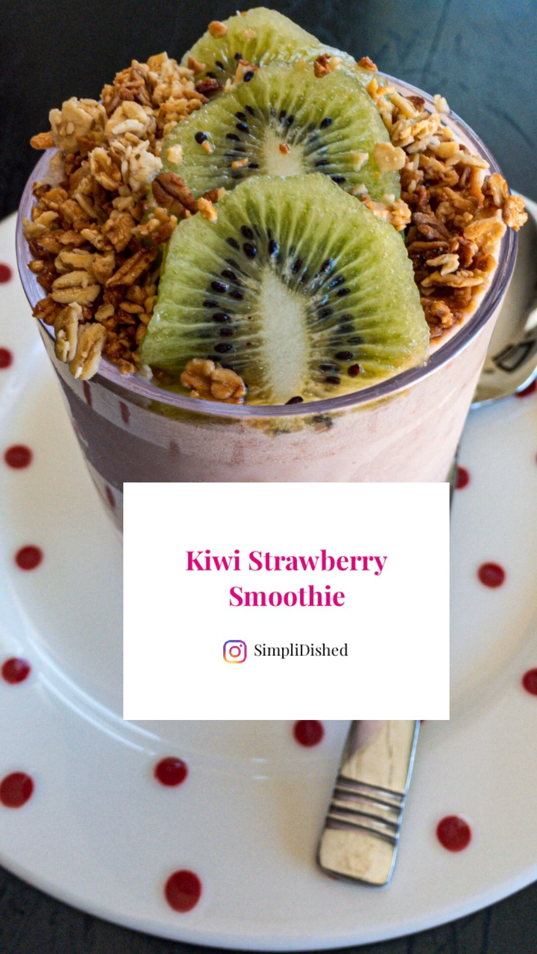 Photo of Vegan Kiwi Strawberry Smoothie