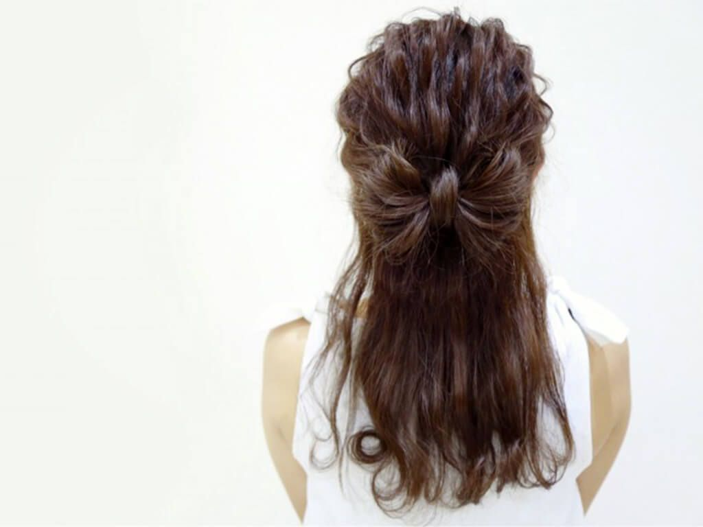 髪の毛でリボンが作れる ハーフアップのリボンヘアアレンジ 堀井大輔