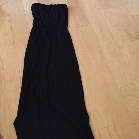 Black strapless maxi dress gap
