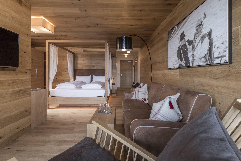 Hotel ambet meransen s dtirol alto adige 2016 17 for Design hotel alto adige