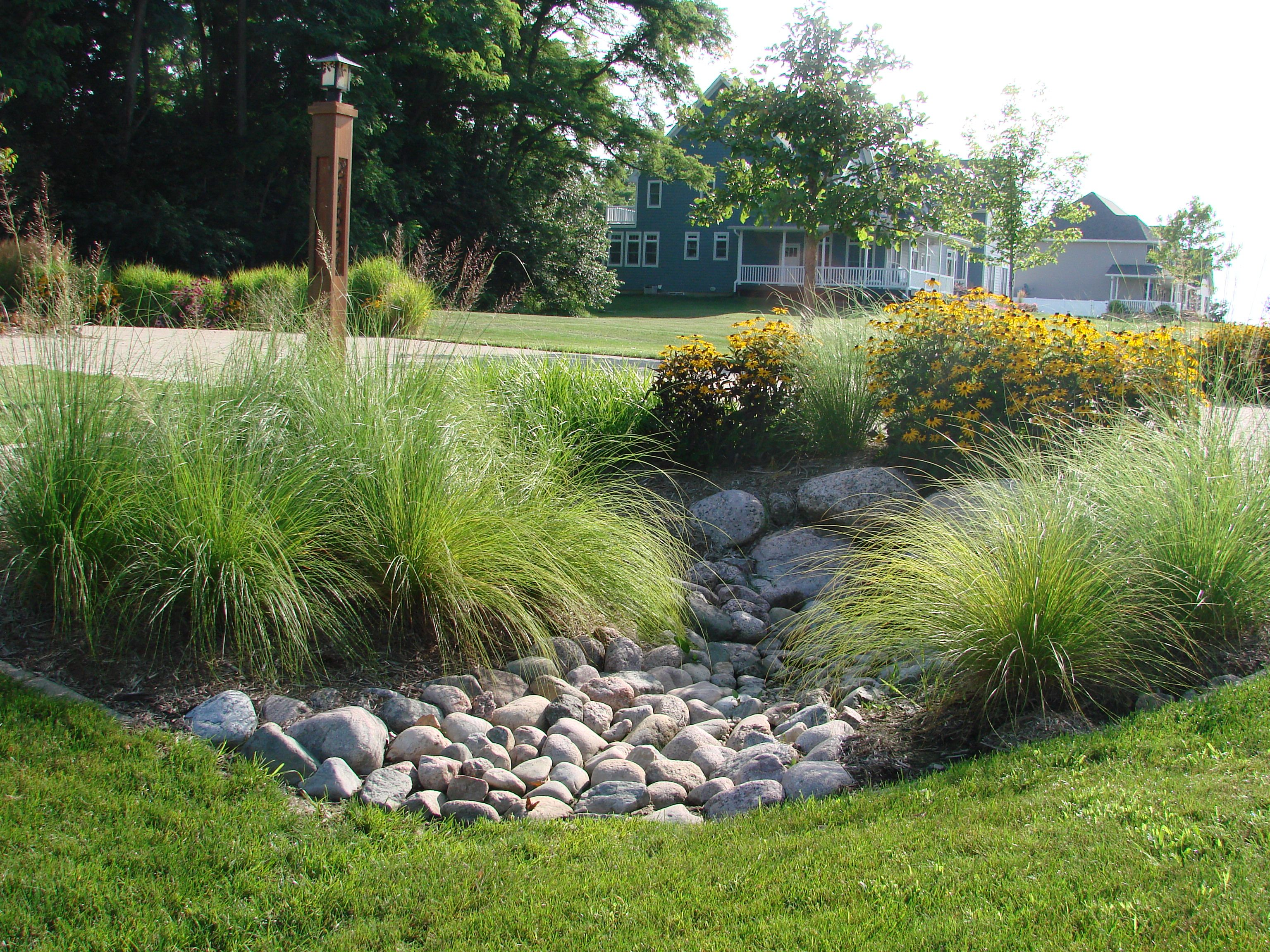 shed colors | Landscaping Around Patio | Pinterest | Landscaping ...