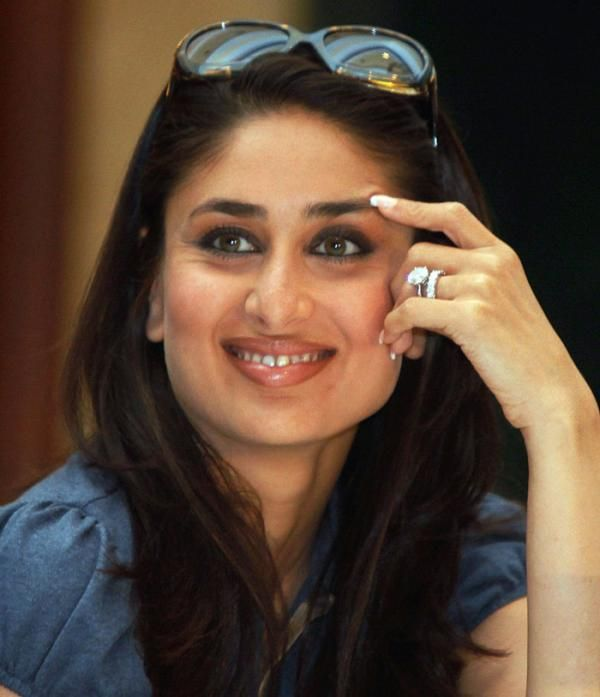 Kareena Kapoor Engagement Ring Size Unusual Wedding Rings Wedding Rings For Women Celebrity Engagement Rings