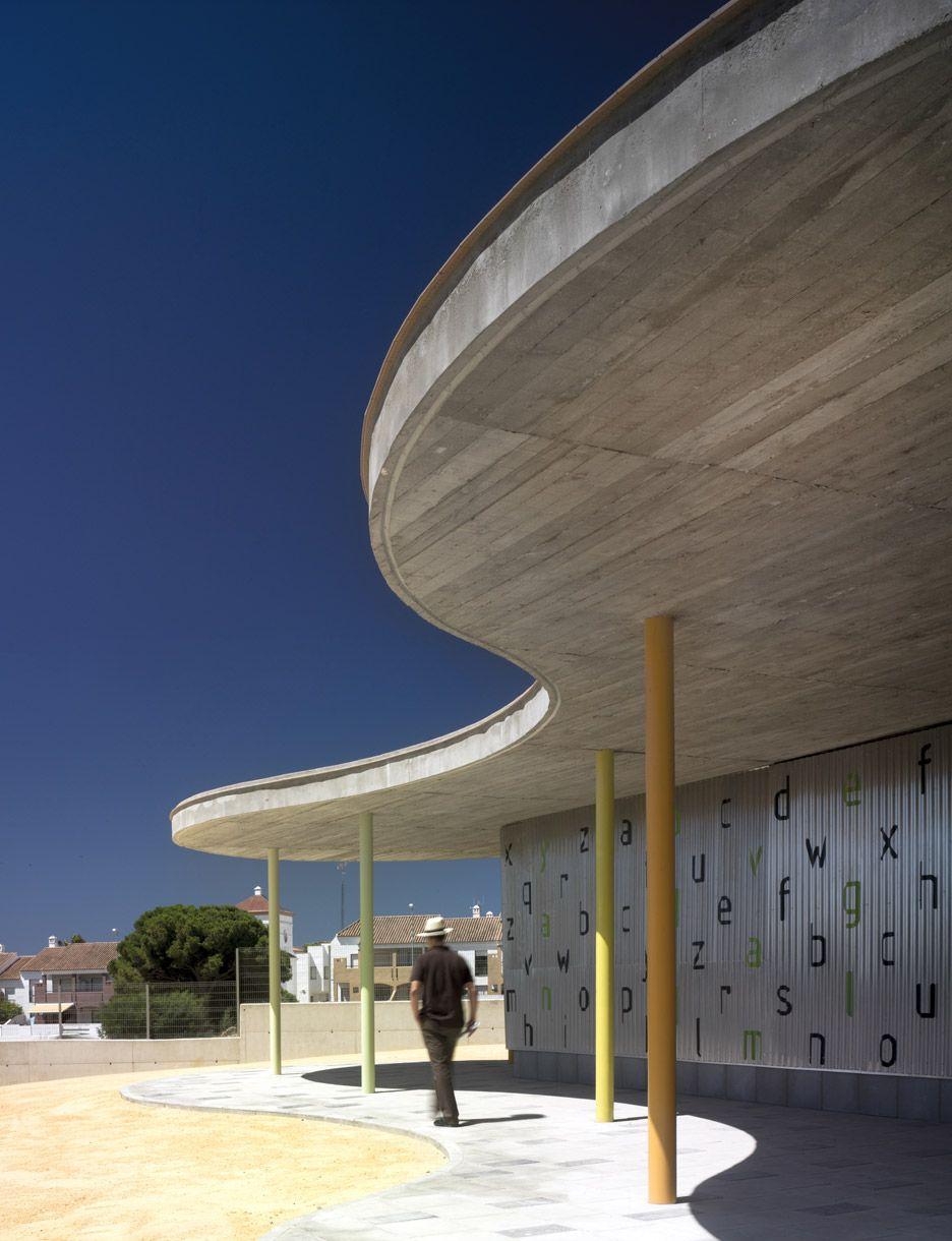 Wavy Concrete Roof Shelters Metal Kindergarten In Spain Concrete Roof Corrugated Metal Roof Roof Architecture