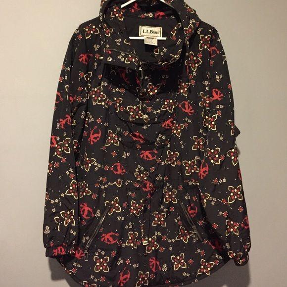 LL Bean Women's XLarge Pullover Ski Jacket LL Bean Skier Pullover Jacket. Size XLarge. Hooded. Waist Cincher. Pockets. Vintage looking and super cute. No trades. L.L. Bean Jackets & Coats