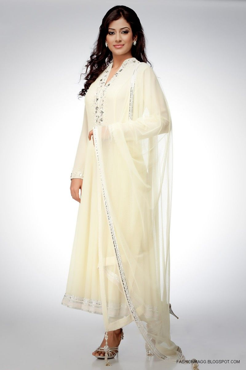 Stylish white dress wedding umbrella frocks churidar designs - In These Beautiful Anarkali Dress Sale We Have Some Awesome Addition Of Sarees Inspired Anarkalis Which Are No Doubt A Complete New Trend Going In Market