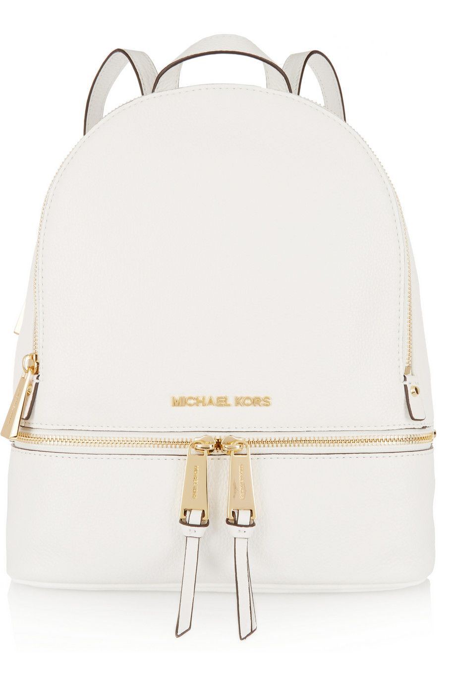 f09f72ad62fc8 White is always fascinating. A chic bag with details that make the  difference. Quality is always the main factor for those who have good taste.
