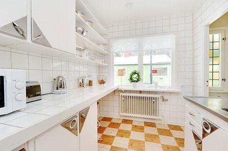 This Floor Kitchen Flooring Kitchen Kitchen Tiles