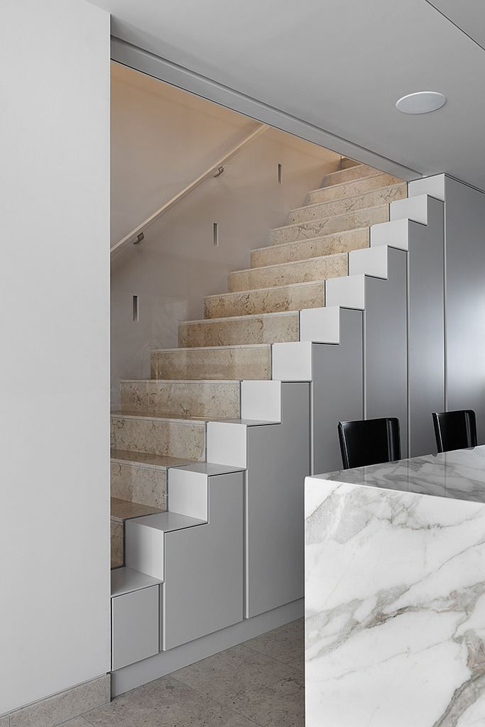 Staircase at Redcliffe Road by MWAI Architecture