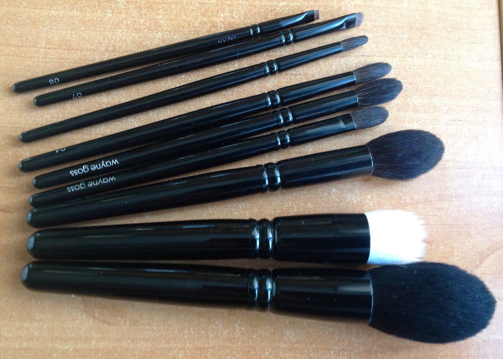 Wayne Goss Makeup Brushes Review Makeup brushes, Makeup