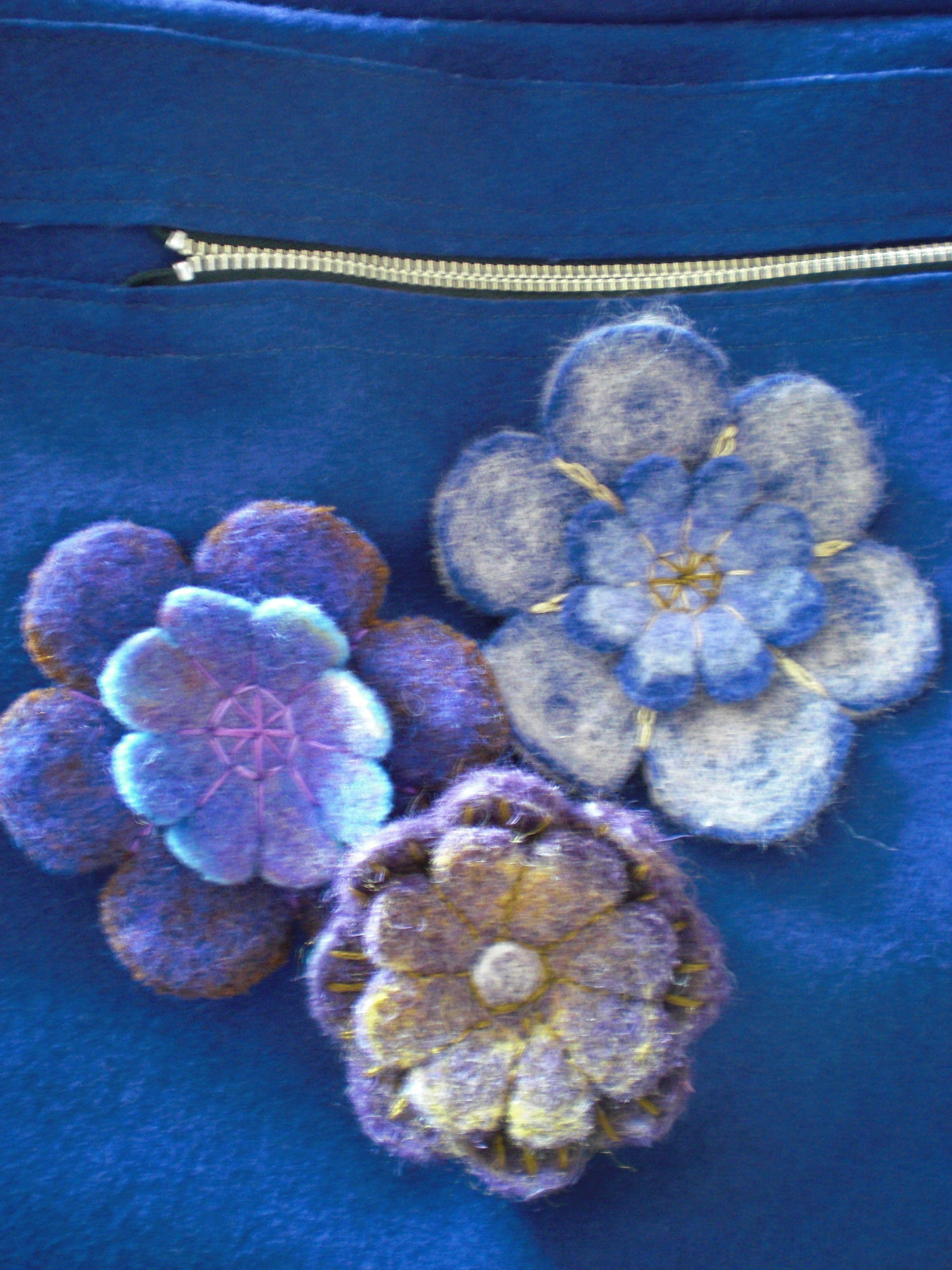 naaldvilt bloemen op tas