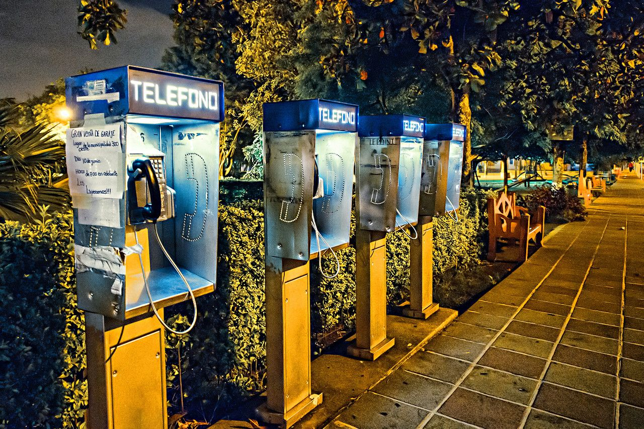"""06-08-2012 """"Communicate""""    Communication only works when there is someone with a message and someone who receives that message through a channel... and understands what the other party means by interpreting though a code. Simple, right?    Well, no. The day to day of our times shows we communicate very poorly. We might send our """"message in a bottle"""" and have no one ever read it, much less reply to it. This very words I am writing have the exact same risk..."""