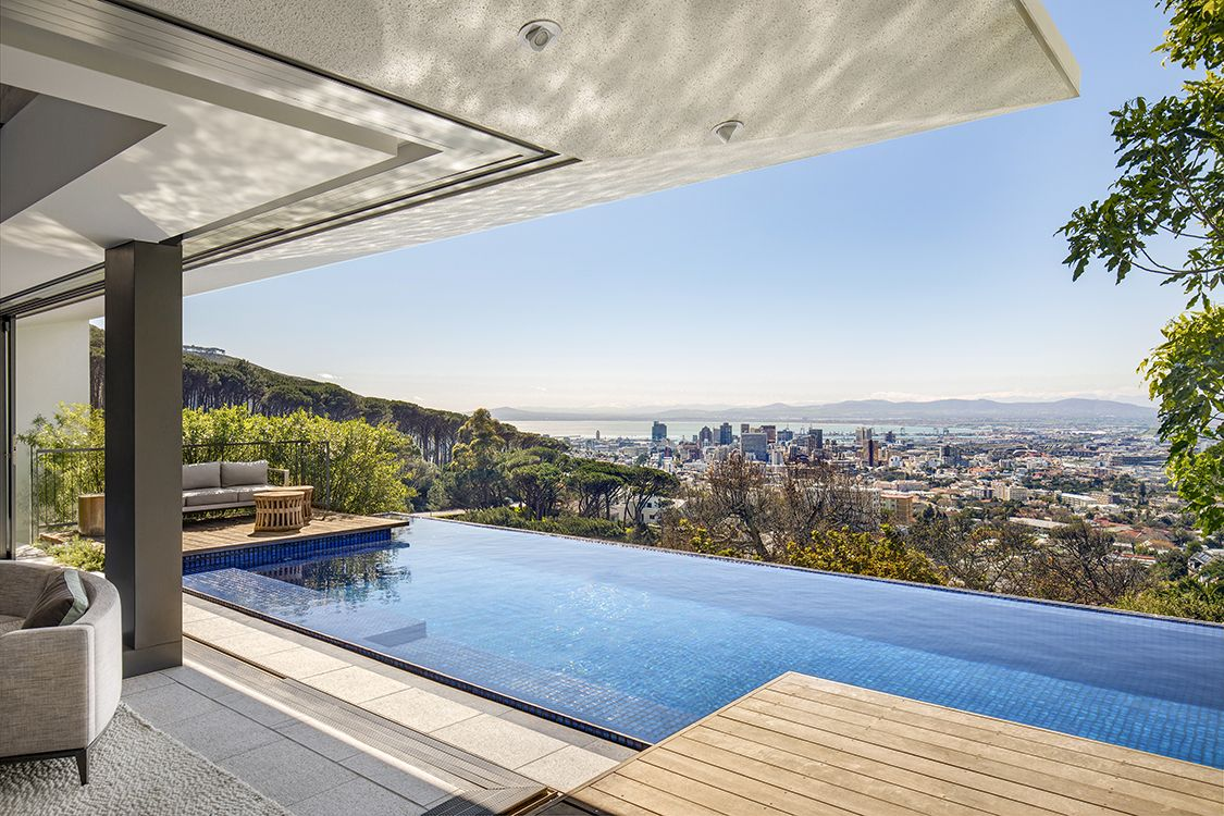 KLOOF 119A Private Residence, Cape Town South Africa