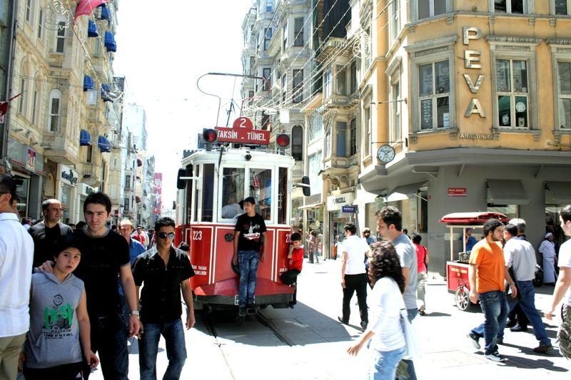 Tramway - Istiklal Caddesi, Istanbul