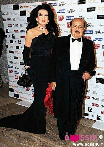 ac4c4c1f87d6c Adnan Khashoggi and wife Lamia
