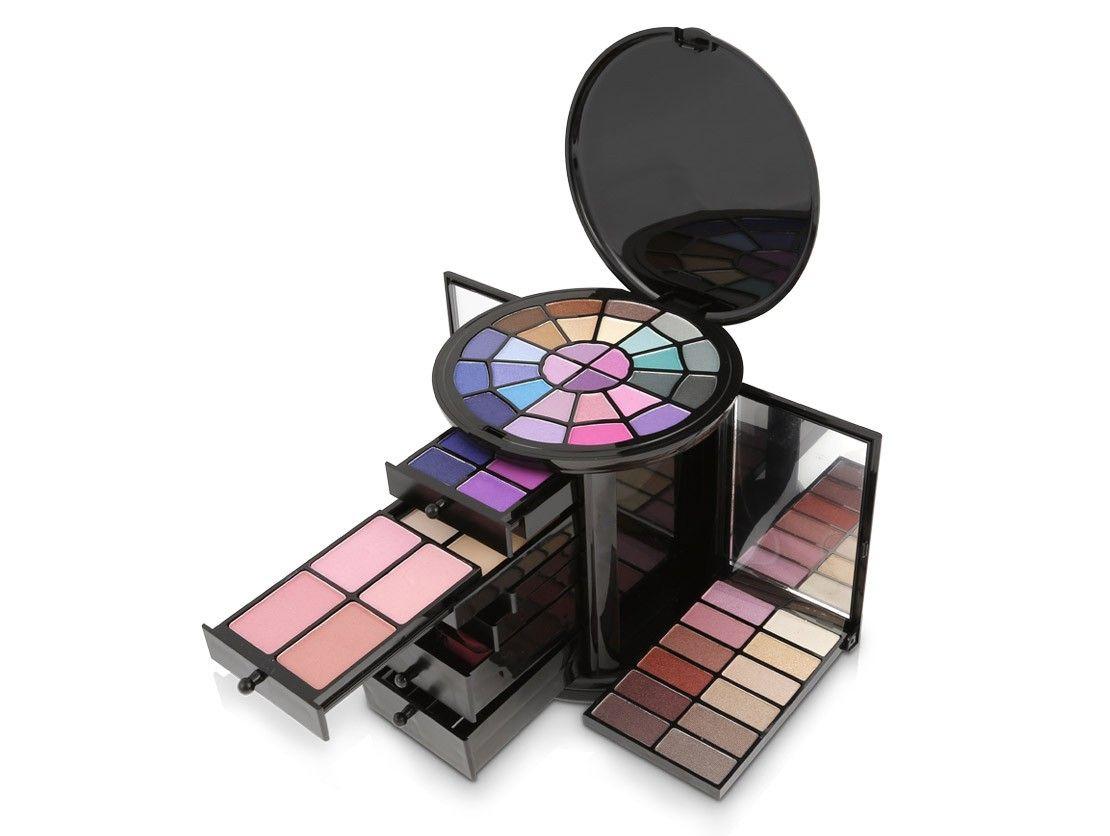 Nouba Closet Make Up Kit علبة مكياج الخزانة من نوبا Makeup Kit Make Up How To Make