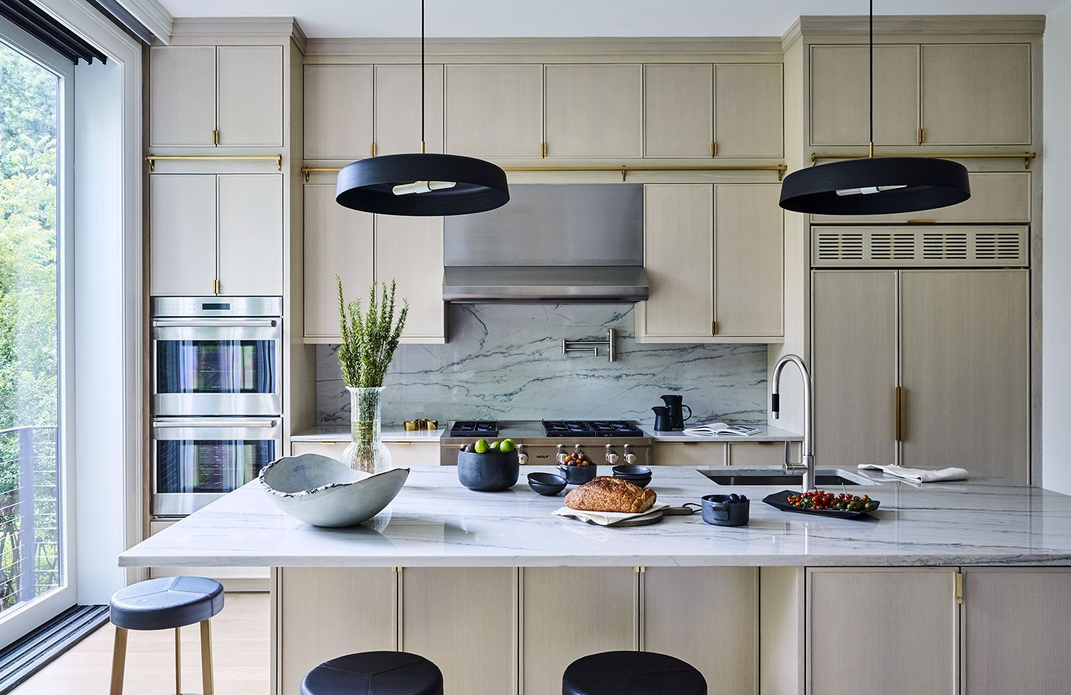 These Modern Kitchen Light Fixtures Will Transform Your
