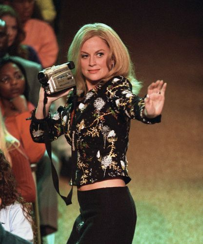 You Can Now Learn The Mean Girls Christmas Dance Mean Girls