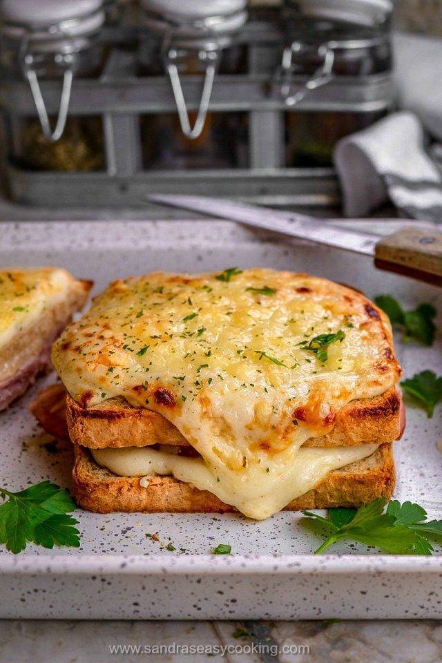Croque-Monsieur Sandwich Recipe - Sandra's Easy Cooking