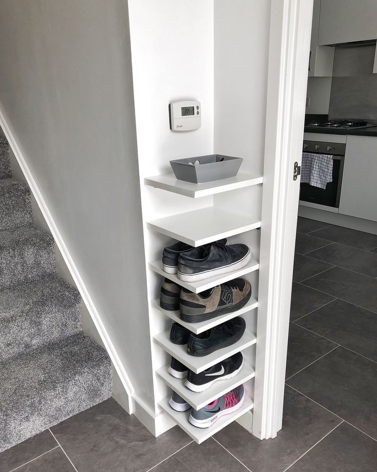 Shoe Storage Our house has a really small entryway meaning theres not much r... - Jacqueline Attroxx images