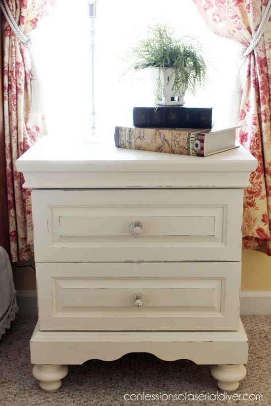 The Rest Of The Oak Bedroom Set With Images Bedroom Furniture Makeover Oak Bedroom Furniture Painted Bedroom Furniture