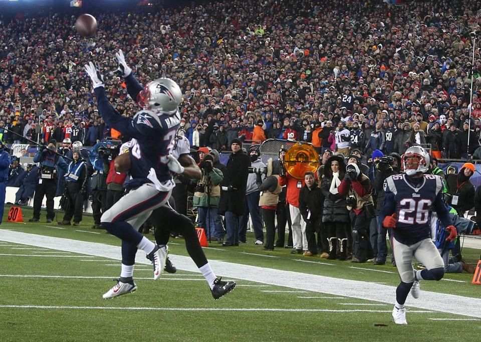 Analysis from @BenVolin: A little bit of everything in #Patriots win over #Ravens http://ow.ly/H7cFB