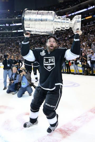Pin By Stewart Thomson On Los Angeles Kings Nhl In 2020 La Kings Hockey Justin Williams King Sport