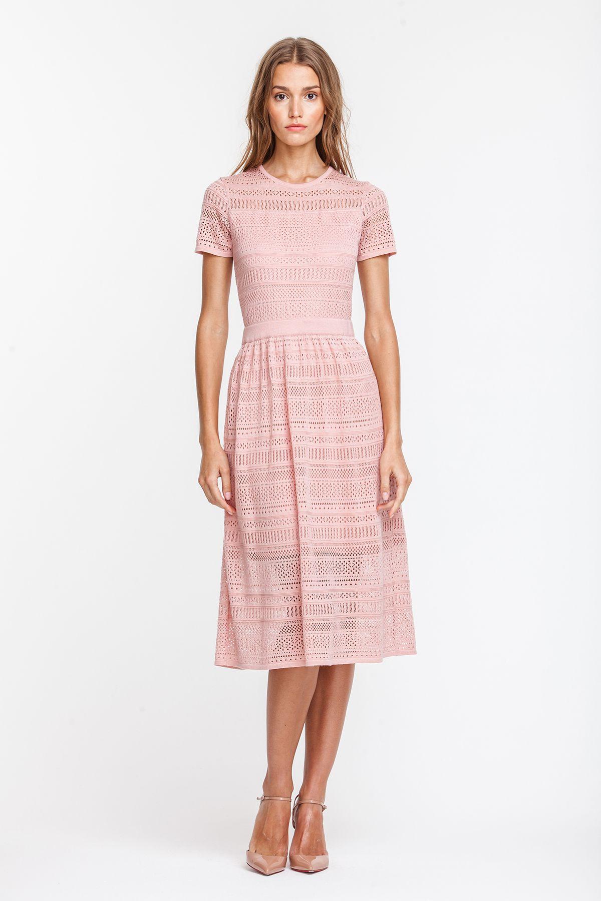f5cec556a 2724 Платье вязаное пудрового цвета, ниже колена, юбка в cборочку купить в  Украине,